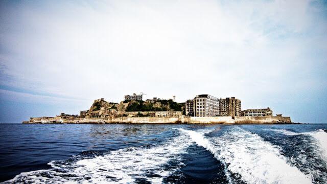 File:Hashima Island.jpeg