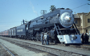 Sp-44601958-10-12clubhousea