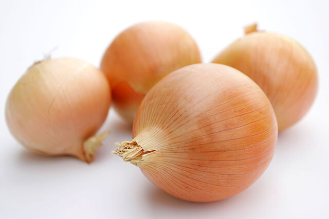 File:Onions.jpg