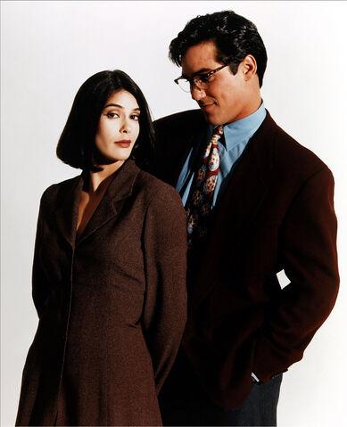 File:Lois and Clark 3.jpg