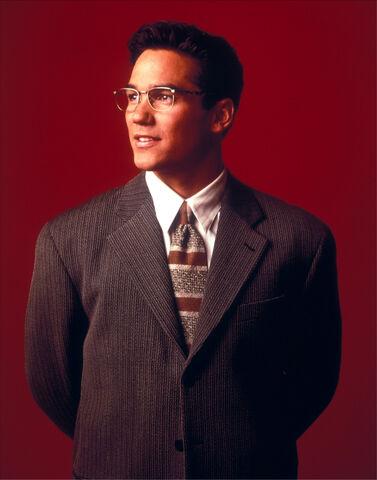 File:Clark Kent 3.jpg