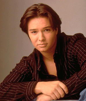 File:Jimmy Olsen (Justin Whalin).png