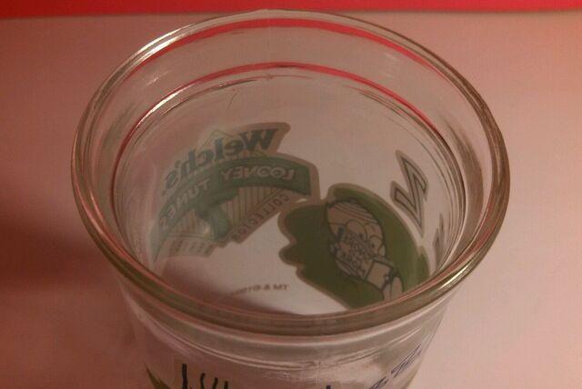 File:Welch's Jelly Jar Foghorn Leghorn.jpg