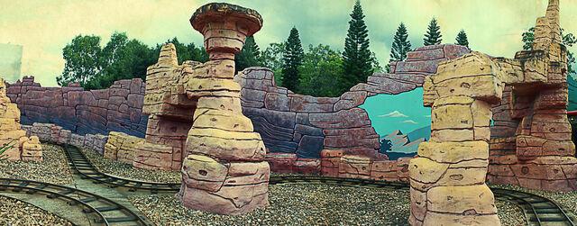 File:Yosemite Sam Railway - Kids WB Fun Zone.jpg