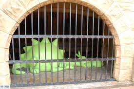 File:Dragon snoozing.jpg