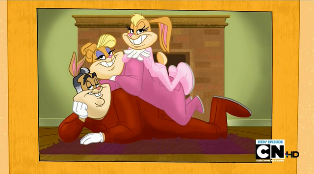 File:Lola's family photo 5.png