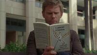 5x16 Jacob reads a book