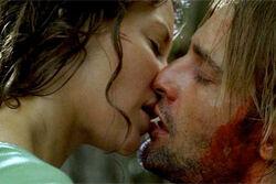 Kate-sawyer-kiss1