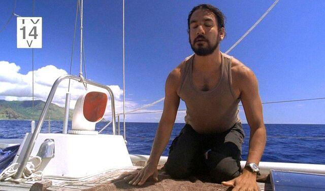 Ficheiro:Sayid Praying.jpg