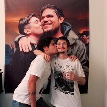 AV Kiss