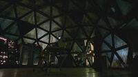 2x01-InsideTheHatch