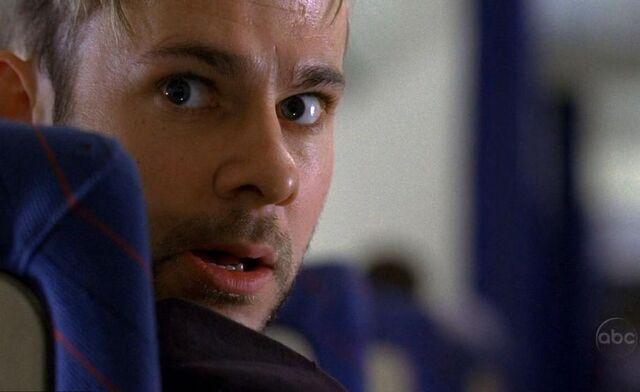 File:1x02 Charlie Plane.jpg
