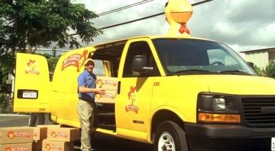 Ficheiro:Mr Clucks Van.jpg