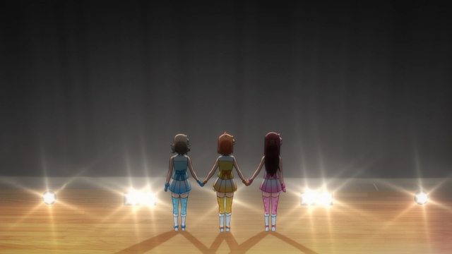 File:LLSS S1Ep3 187.png