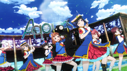 045 Happy Party Train