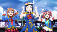 044 Happy Party Train