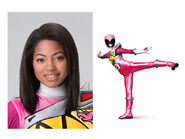 Shelby-la-Power-Ranger-rose