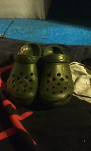 File:Fred's Crocs.jpg