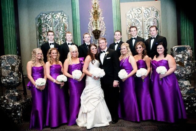 File:Alvina-Valenta-and-Jim-Hjelm-Occasions-Real-Bridal-Party.jpeg