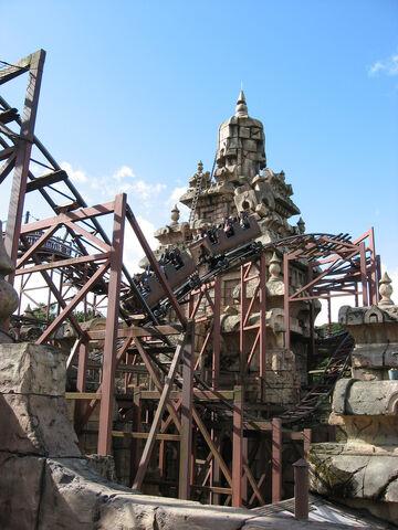 File:Indiana Jones and the Temple of Doom, Disneyland Paris, France.jpg