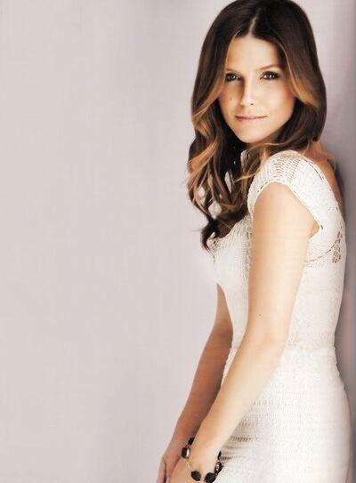 Brooke Scott(5
