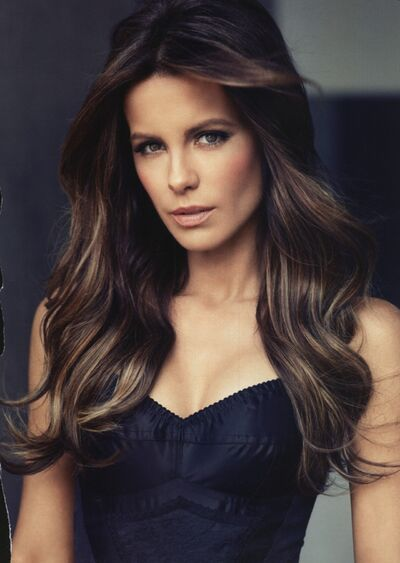 Katia Beckinlate9