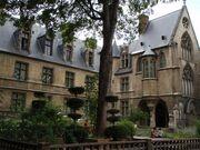 Hotel-de-Cluny-jardin
