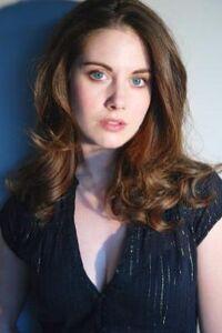 Alison-Brie