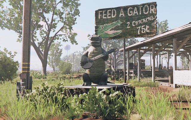 File:Feed a Gator.jpg