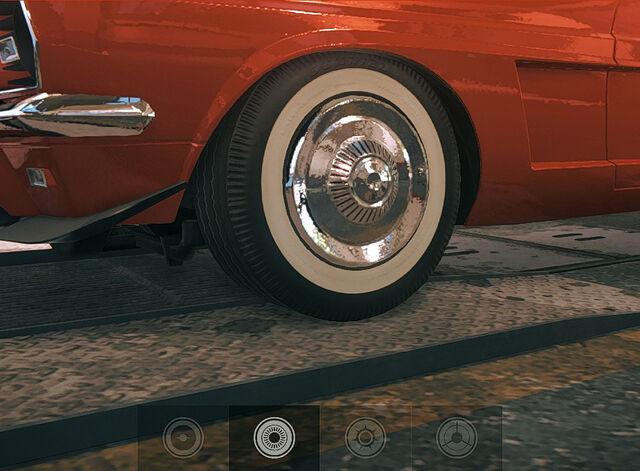 File:Tires Street 2.jpg