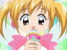Mirumo de Pon! Muglox Kaede using her Magical Microphone