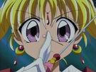 Kamikaze Kaitou Jeanne Kaitou Jeanne with her pin17