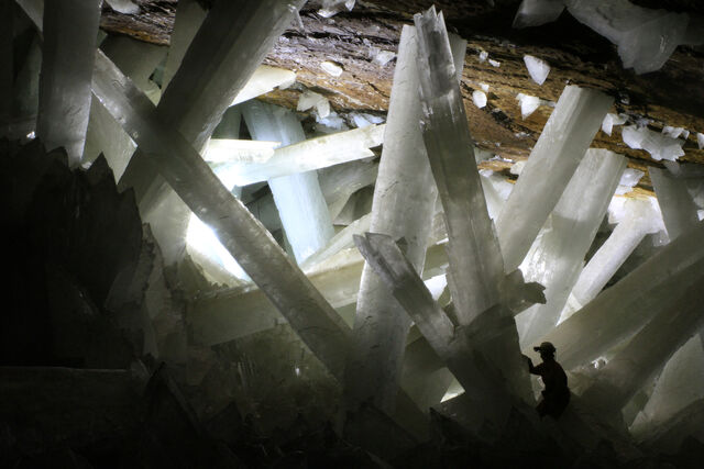 File:Crystals.JPG