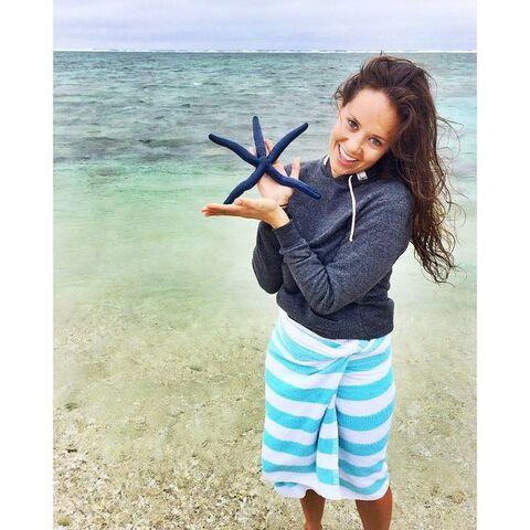 File:Allie holding starfish.jpg