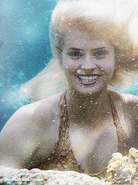 File:Sirena underwater.jpg