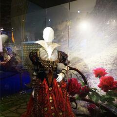 Red Queen costume.