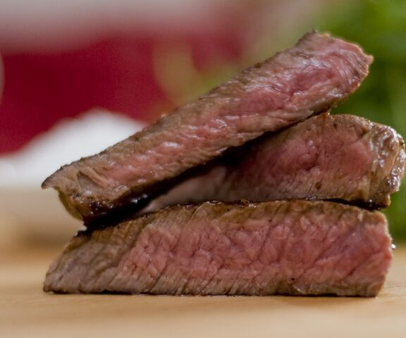File:Medium Steak.jpg