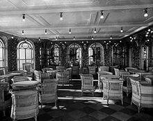 270px-Veranda café on RMS Olympic