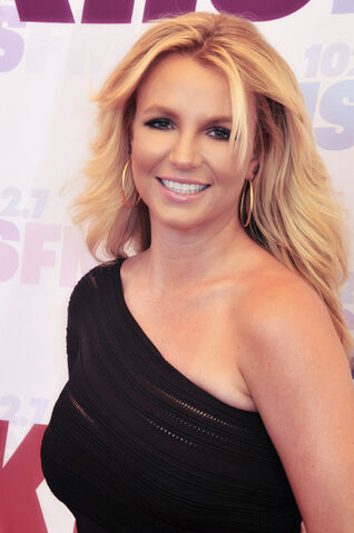 File:Britney Spears 2013.jpg