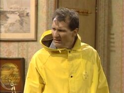 Married With Children episode - Who'll Stop The Rain