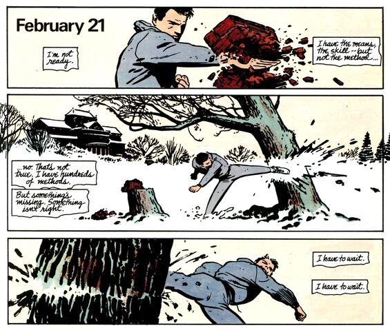 File:Bruce Wayne 041.jpg