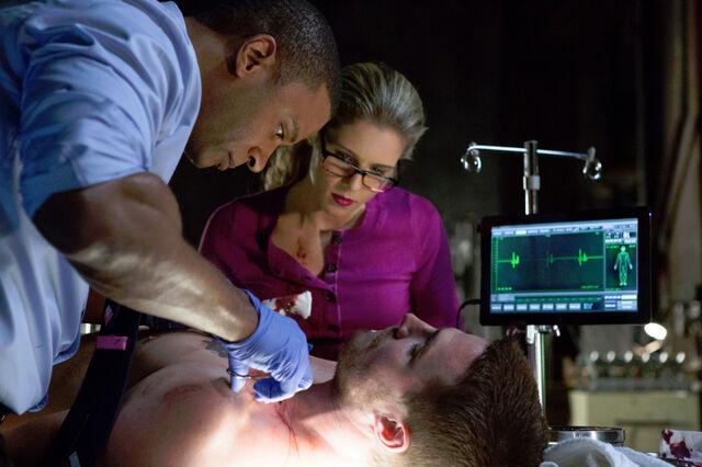 File:Arrow (TV Series) Episode The Odyssey 001.jpg