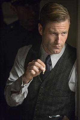 File:Harvey Dent DK 01.jpg