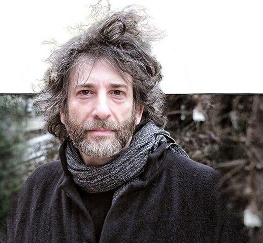 File:Neil Gaiman 01.JPG