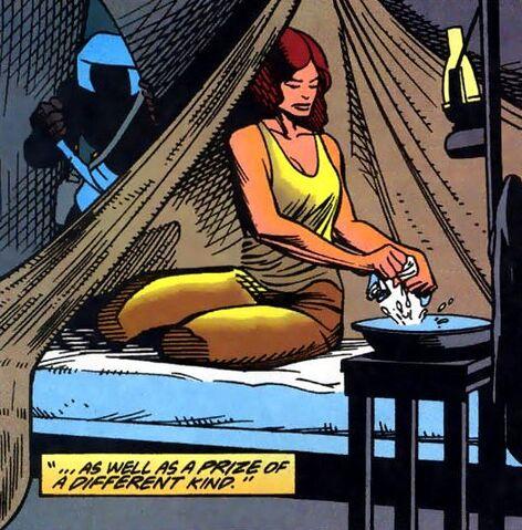 File:Lois Lane Feral Man of Steel 03.jpg
