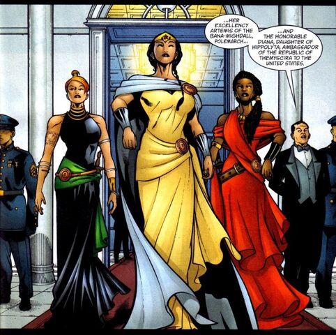 File:Wonder Woman 0262.jpg