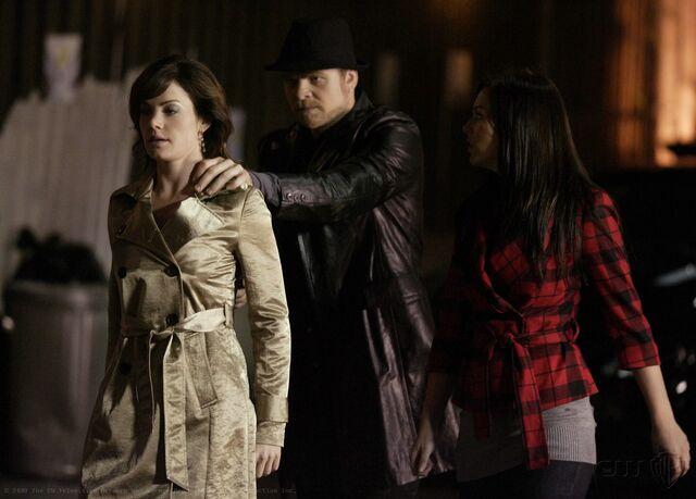 File:Smallville Episode Crossfire 001.jpg