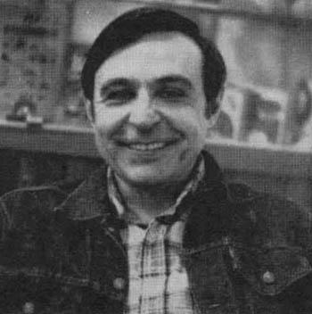 File:Ross Andru 1977.jpg