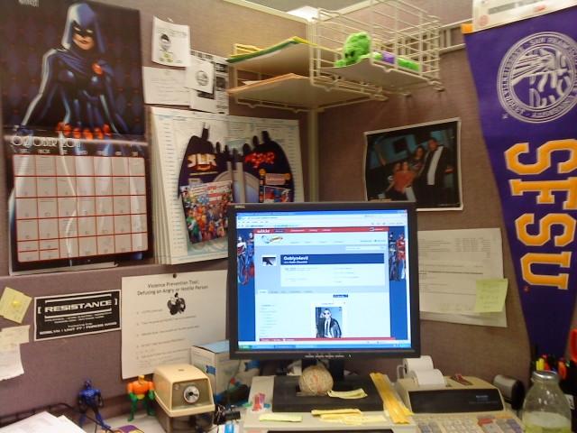 File:Goblyn4evil Work Desk.jpg