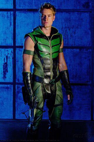 File:Oliver Queen Smallville 001.jpg